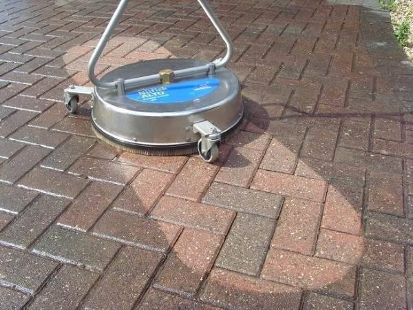Чем отмыть тротуарную плитку от раствора